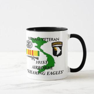101st Tasses de café criardes aéroportées d'Eagles