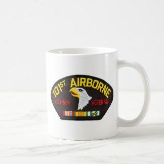 101st Vétéran aéroporté du Vietnam Mug