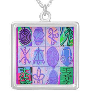 12 symboles de Reiki Karuna Collier