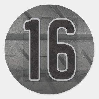 16ème Autocollant de l'anniversaire du garçon
