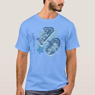 18ème Nombre grunge d'anniversaire ou TOUT BLEU de T-shirt