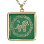 2014 ans du cheval en bois vert collier personnalisé