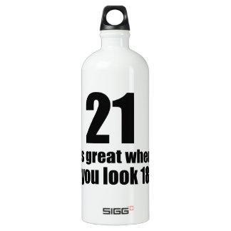 21 est grand quand vous regardez l'anniversaire bouteille d'eau en aluminium