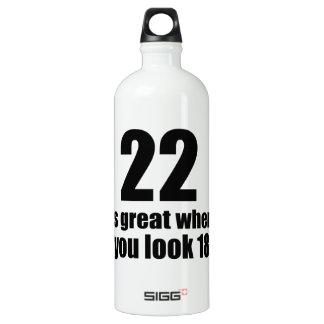 22 est grand quand vous regardez l'anniversaire bouteille d'eau en aluminium