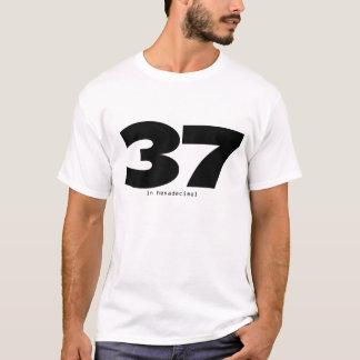 37 dans l'hexadécimal t-shirt