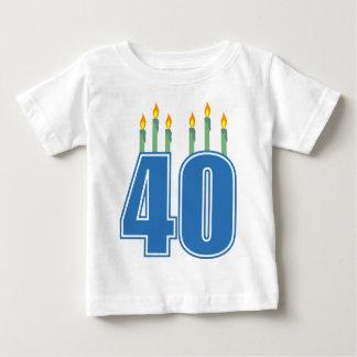 40 bougies d'anniversaire (bleu/vert) t-shirt pour bébé