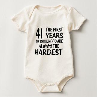41 les premières conceptions d'anniversaire body