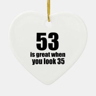 53 est grand quand vous regardez l'anniversaire ornement cœur en céramique