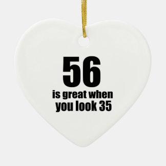 56 est grand quand vous regardez l'anniversaire ornement cœur en céramique