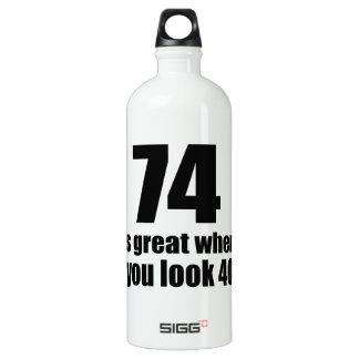 74 est grand quand vous regardez l'anniversaire bouteille d'eau en aluminium