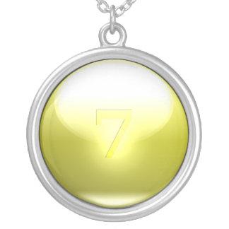 7 chanceux jaunes pendentif rond
