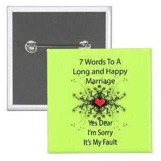 7 mots à un long mariage badge avec épingle