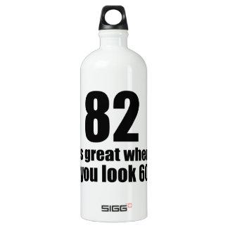 82 est grand quand vous regardez l'anniversaire bouteille d'eau en aluminium