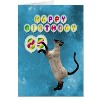 85th Carte d'anniversaire avec les chats siamois
