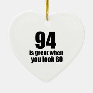 94 est grand quand vous regardez l'anniversaire ornement cœur en céramique
