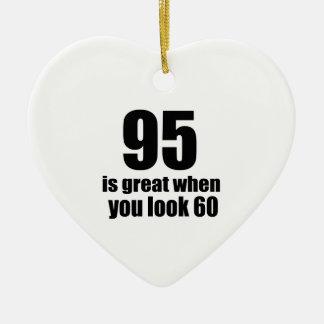 95 est grand quand vous regardez l'anniversaire ornement cœur en céramique