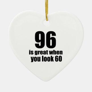 96 est grand quand vous regardez l'anniversaire ornement cœur en céramique