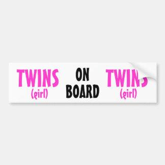 À bord - des jumelles de fille autocollant pour voiture