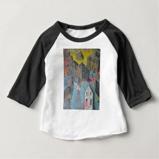À l'intérieur de la boulette à l'intérieur de la t-shirt pour bébé
