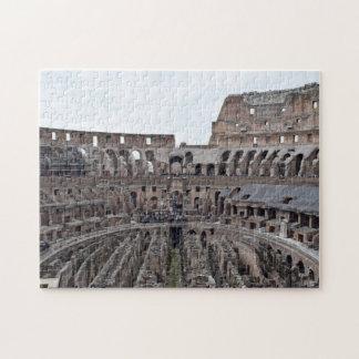 À l'intérieur du puzzle romain de Colosseo