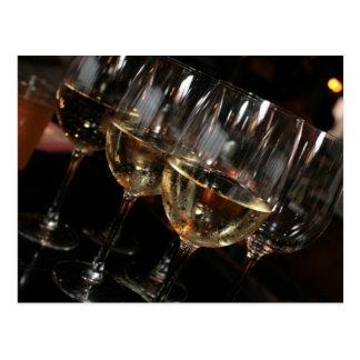 À mon âge j'ai besoin des verres de vin cartes postales