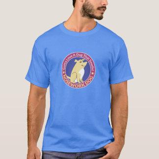 """""""A obtenu d'aimer un chien qui sent"""" pièce en t de T-shirt"""