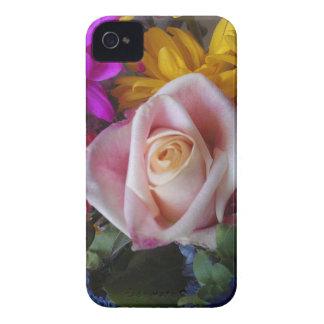 À peine là point de droit floral pour étui iPhone 4