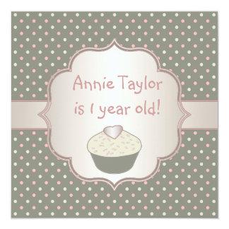 Ă?re fête d'anniversaire de petit gâteau vert rose carton d'invitation  13,33 cm