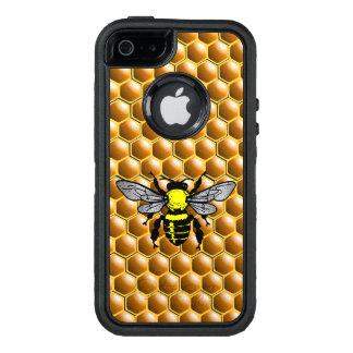 Abeille de miel sur le cas d'apiculteur de nid coque OtterBox iPhone 5, 5s et SE