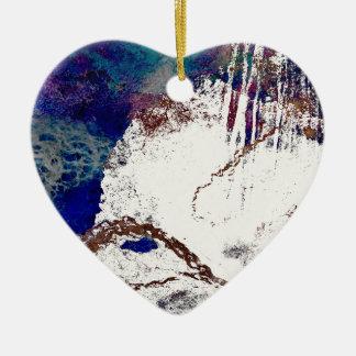 Abrégé sur contradictions ornement cœur en céramique