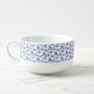 Abrégé sur multicolore tasse de soupe