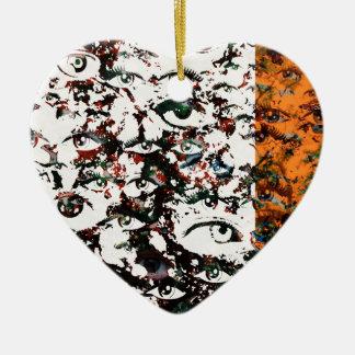 Abrégé sur visionnaire ornement cœur en céramique