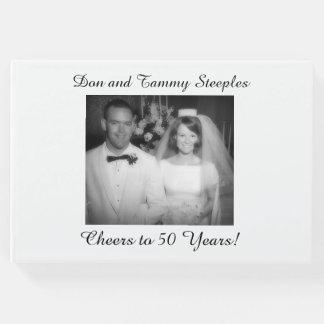 Acclamations à 50 ans de livre d'invité