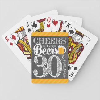 Acclamations et bières à 30 ans de cartes de jeu cartes à jouer
