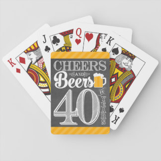 Acclamations et bières à 40 ans de cartes de jeu jeu de cartes