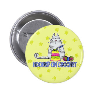 accroché sur le crochet badges