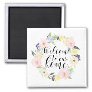 Accueil floral de guirlande de ressort en pastel à aimant