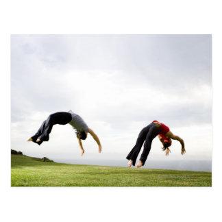 Acrobates et contorsionnistes 3 carte postale