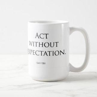 Acte sans attente mug