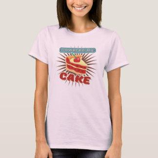 Actionné par le gâteau t-shirt