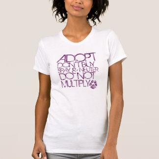 Adopt n'achètent pas le T-shirt
