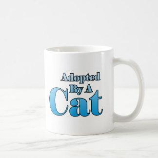 Adopté par un chat mug blanc