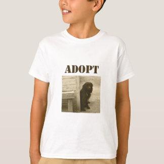Adoptez le chien égaré t-shirt