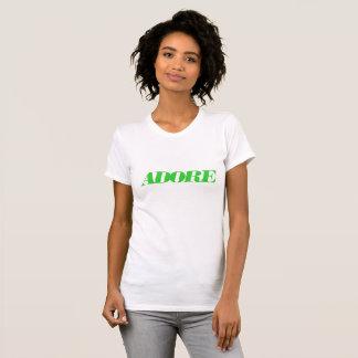 Adorez le T-shirt