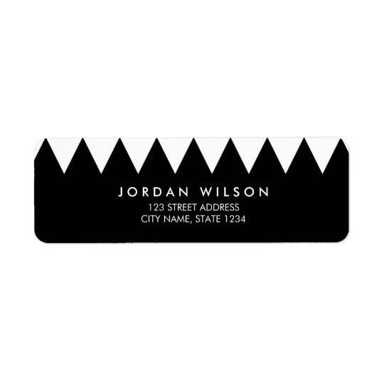 Adresse moderne minimaliste de triangle noire et étiquette d'adresse retour