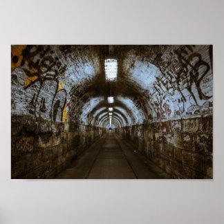Affiche de dégradation urbaine de tunnel de posters