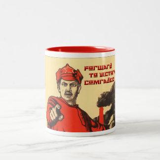 Affiche soviétique sur la tasse