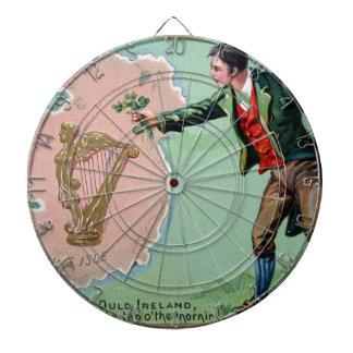 Affiche vintage de l'île des erin du jour de jeu de fléchettes