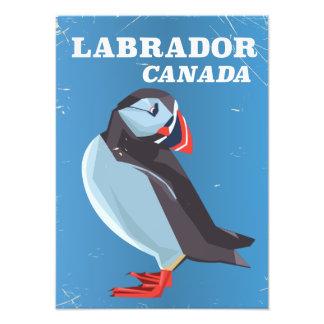 Affiche vintage de voyage de macareux de Labrador Photographies D'art