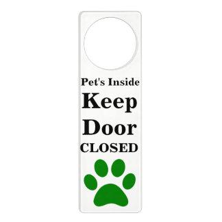 Affichettes De Porte L'intérieur de l'animal familier gardent le cintre